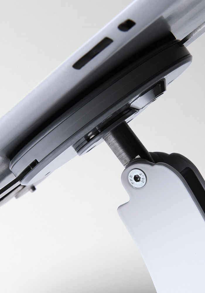 Tri-grip tablet holder counter mounted
